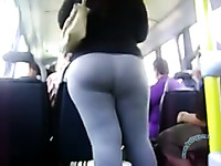 I spied on unbelievable sexy brunette mom in the bus