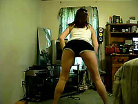 Chubby and busty teen chick dancing and twerking on webcam