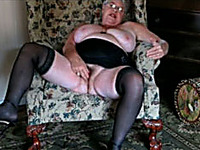 I am a fat old lady who loves masturbating on webcam