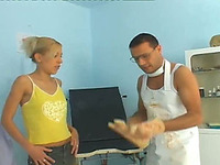 Doctor fucks hot blondie in her pussy and fingers her