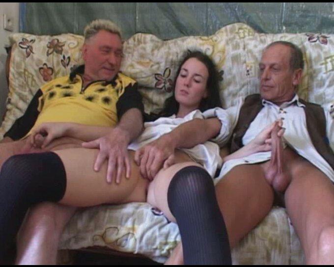 Порно Молодых Со Старой Прислугой