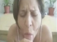 Old granny loves to suck large dicks and swallow some jizz