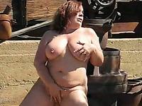 I am a fat lady with big tits who loves masturbating on camera