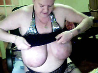 Webcam granny with impressive saggy tits jiggle with her melons