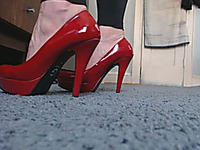 This lubricious chick looks very alluring in her high heel shoes