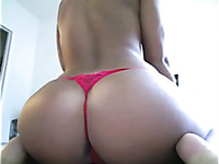Sporty webcam model with firm butt loves finger fucking her butthole
