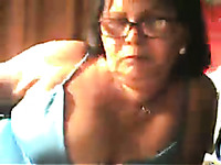 Brazilian mature lady on webcam has big boobs for show off