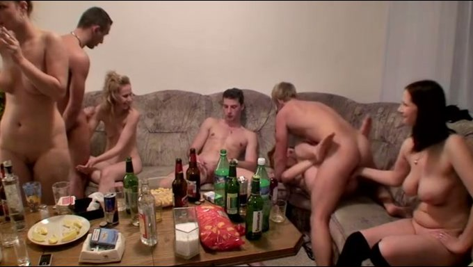 Amateur sex orgy video