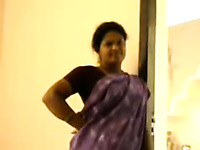 Mature Indian whore wants me to bang her from behind