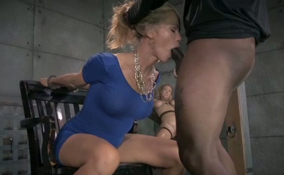 Milf gets facefucked at work