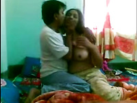 Bootylicious dark skinned Desi brunette gets fucked missionary by hubby