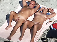 Amateur dark haired big bottomed tanned lady sucked her man on the beach