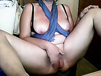 Lusty BBW webcam mommy diddles her fat pussy with her legs wide open