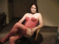 Chubby crossdresser dude in red lingerie beats his sissy dick