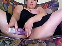 Trashy big bottomed chubby brunette bitch masturbated her meaty cunt