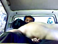 Seducing amateur Indian cutie for sex in the car on cam