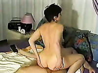 Short haired big bottomed wife of my friend jumps on his big cock