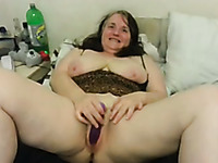 Super chubby and wrinkled amateur mature lady was using toys for orgasm