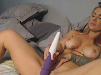 Horny Amateur Tattooed Babe Toying HerSelf