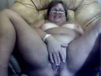 Chubby nerdy amateur bitchie housewife was teasing her own mature cunt