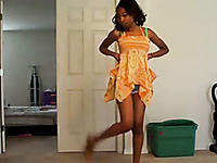Slim ebony teen dancing temptingly in amateur clip