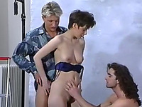 Slim and sexy brunette chick in hardcore vintage threesome