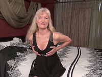 This granny knows how to keep her body in good shape and she is a home nudist