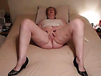 Emotional voluptuous busty housewife masturbates her wet pussy