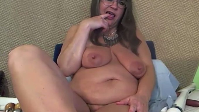 Homemade amateur nudist colony sex