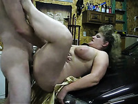 I laid down BBW mom on top of the hood and fucked her hard like dirty slut