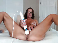 I wish it was my wife play with those sex toys on webcam