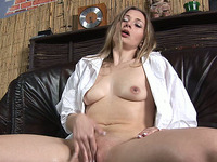 Dirty whore stretches her snatch with a vaginal speculum before peeing