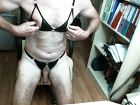 This dude loves pain and he loves to drink his own pee on cam