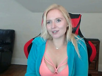 Mature Blonde MILF Cam
