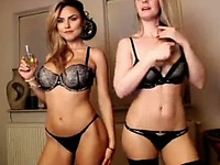 Two really hot webcam models know how to get it on