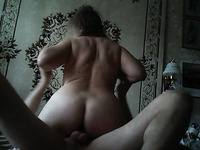 Ardent amateur chubby wife makes her fat ass bounce on strong cock