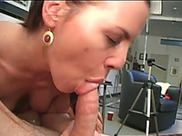 What a fucking body on this slut and this nympho loves oral sex foreplay
