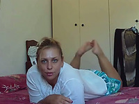 My hungry blonde girlfriend sucked my cock non-stop