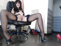 Aside being a good secretary this chick is a good webcam model as well