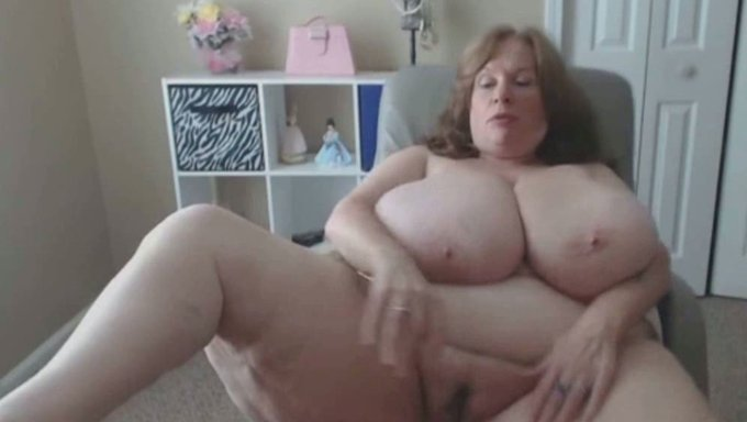 Bbw Granny Has The Biggest Natural Saggy Tits In Usa -2812