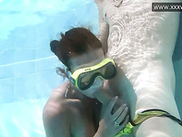 Depraved chick in swim mask gives her BF a good blowjob