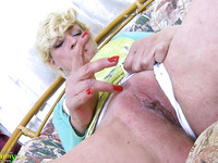 Just ordinary wrinkled whore is ready to go solo for orgasm