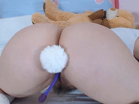 Real 18 Years Old Teen w Hairy Pussy and Cutest  Face