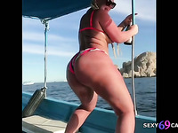 Big Ass Pornstar Julie Cash Ass Shaking Compilation
