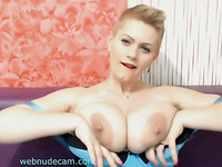 awesome natural big tits babe