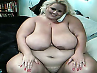 Gross BBW mom with huge saggy boobs shows me her naked body