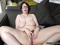 horny mature wants you to fuck her live on cam