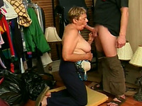 Naughty amateur mature lady wanted to fuck a young boy