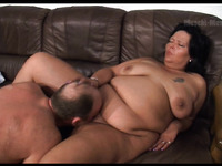 Amateur fat whore flashes her saggy boobs and gives a kinky blowjob