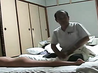 Some kinky video of all natural chick getting massage from Asian man